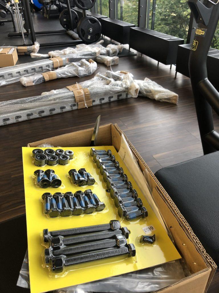Squat Rack Aufbau e1571666406899 768x1024 - Neues Equipment für dein Beintraining